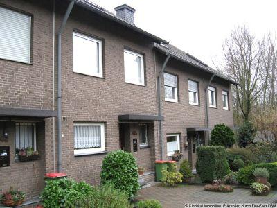 gro es reihenmittelhaus in oberhausen sterkrade heide. Black Bedroom Furniture Sets. Home Design Ideas