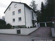 Titelbild Zwangsversteigerung Dreifamilien-Wohnhaus