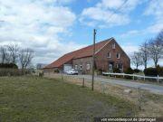 Titelbild Zwangsversteigerung Bauernhaus und zwei Landwirtschaftsflächen