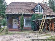 Titelbild Zwangsversteigerung Wochenendhaus und unbebautes Grundstück