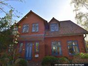 Titelbild Zwangsversteigerung Einfamilienhaus mit Doppelcarport