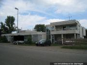 Industriegebäude mit Wohntrakt