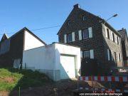 Titelbild Zwangsversteigerung Wohnhaus mit Nebengebäude