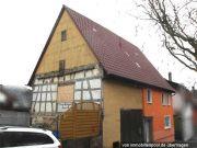 Titelbild Zwangsversteigerung Einfamilienhaus mit Scheunenanbau