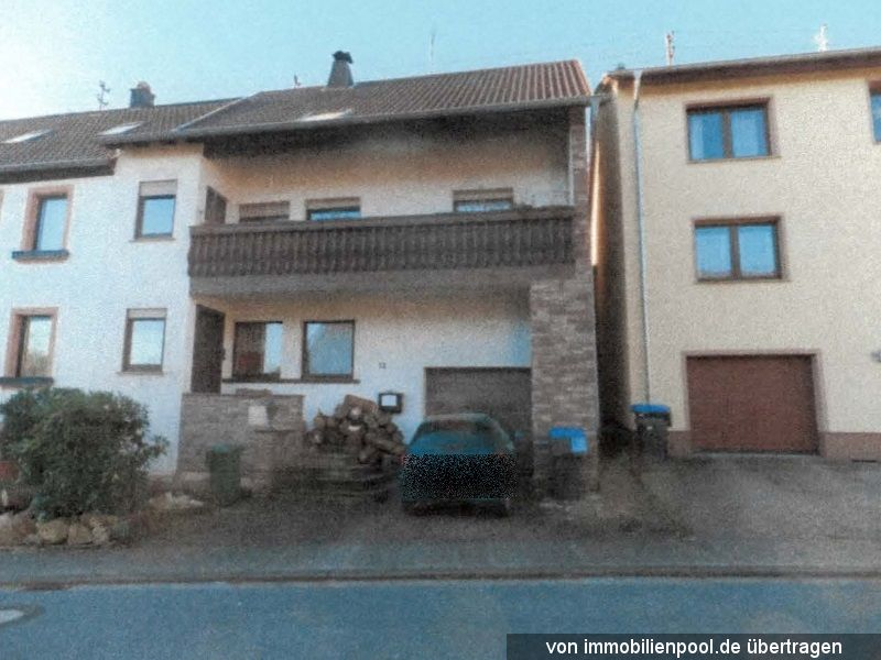 Zwangsversteigerung Einfamilienhaus und Garagen