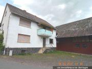 Titelbild Zwangsversteigerung Einfamilienhaus mit Nebengebäuden