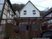 Titelbild Zwangsversteigerung Einfamilienhaus und Gartengrundstück