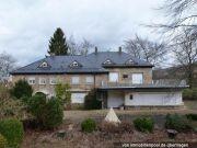 Villa und Zweifamilienhaus