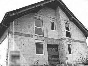 Titelbild Zwangsversteigerung Rohbau eines Einfamilienhauses