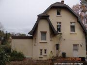 Titelbild Zwangsversteigerung Einfamilienhaus und Nebengebäude