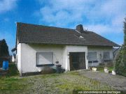 Titelbild Zwangsversteigerung Zweifamilienhaus / beide Wohneinheiten