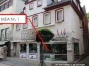 Bistro-/Caféräume und Wohnung