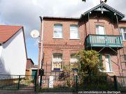 Titelbild Zwangsversteigerung Doppelhaushälfte mit Nebengebäuden