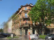 Titelbild Zwangsversteigerung Mehrfamilienhaus mit Büroeinheit