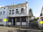 Titelbild Zwangsversteigerung Wohn-/Gaststättengebäude und Wohnhaus