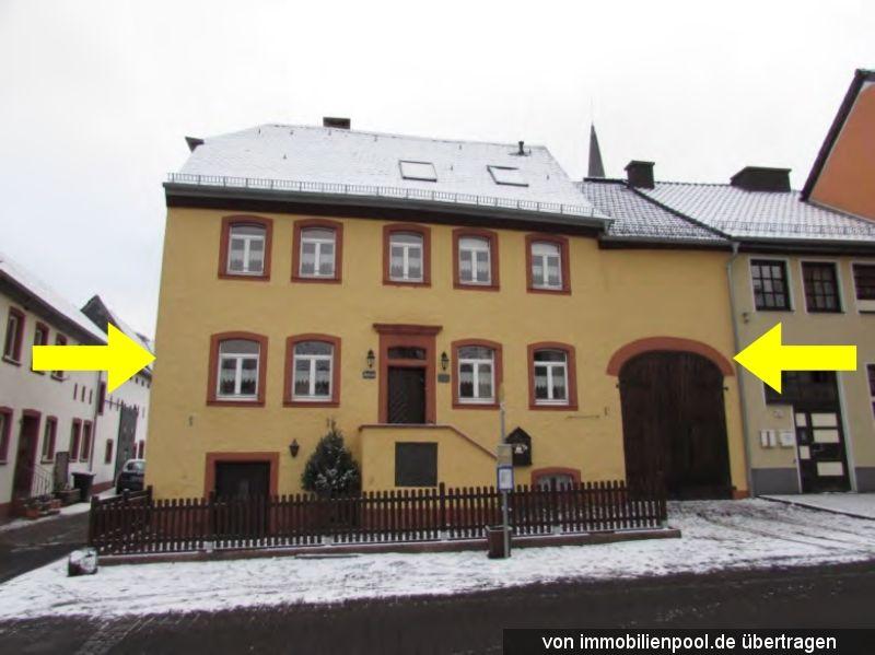 Zwangsversteigerung Einfamilienhaus mit Scheune