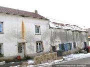 Titelbild Zwangsversteigerung Wohnhaus und Ökonomiegebäude