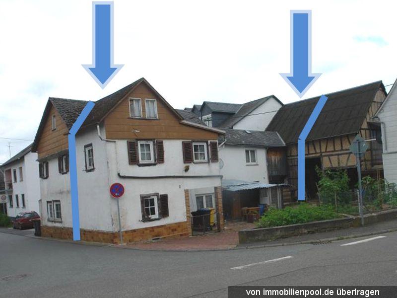 Zwangsversteigerung kleines Wohnhaus und Scheunenanteil