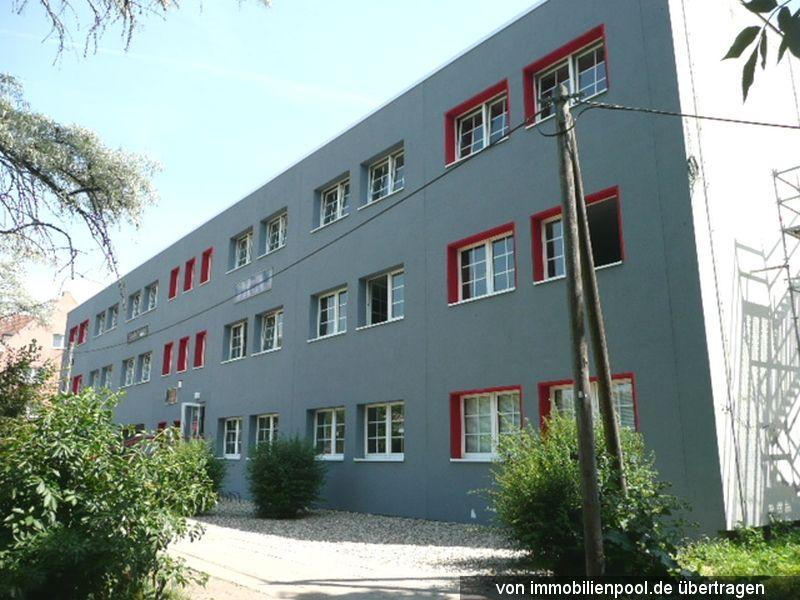 Titelbild Zwangsversteigerung Gewerbe- und Bürogebäude