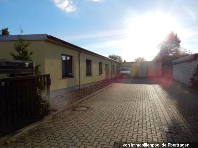 Titelbild Zwangsversteigerung Bürogebäude mit Lagerhalle