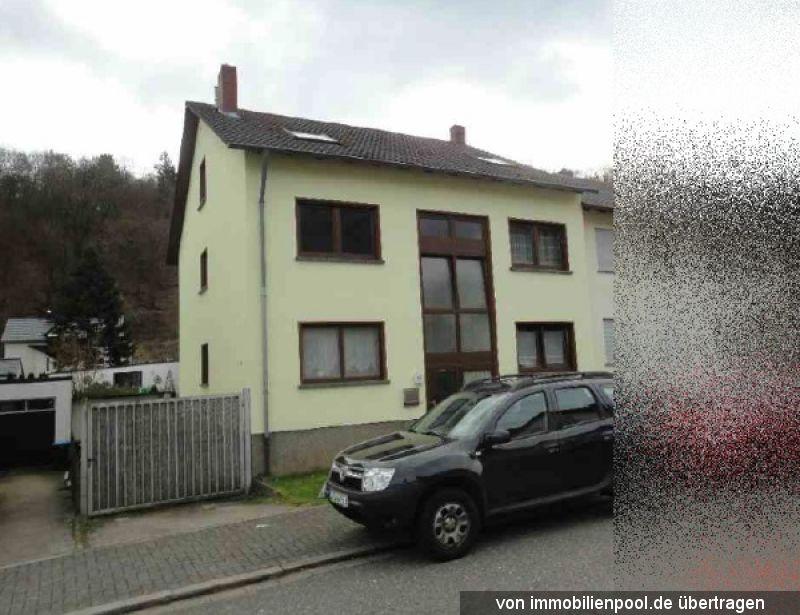 Zwangsversteigerung Dreifamilienhaus