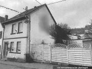 Titelbild Zwangsversteigerung Wohnhaus und Garage