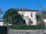 Titelbild Zwangsversteigerung Villa mit Weinprobierstube