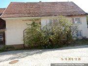 Wohnhaus mit Scheune und Stall