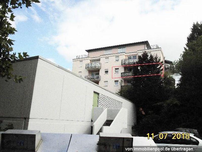 Zwangsversteigerung 2-Zimmerwohnung und TG-Stellplatz