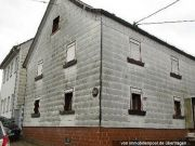 Wohnhaus mit Doppelgarage