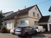 Einfamilienhaus mit Werkstattgebäude
