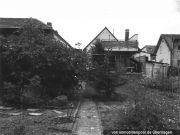 Einfamilienhaus und Gartenland