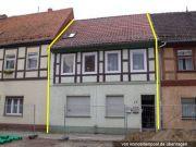 Titelbild Zwangsversteigerung Wohnhaus und Grünland