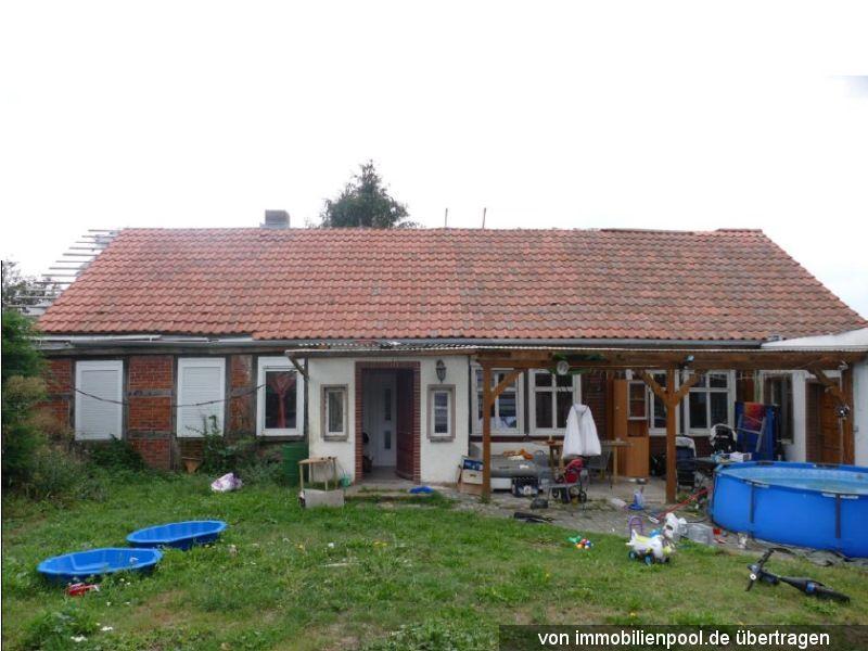 Zwangsversteigerung Einfamilienhaus mit Stallgebäude