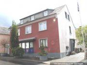 Titelbild Zwangsversteigerung Ein- bis Zweifamilienhaus, Scheune
